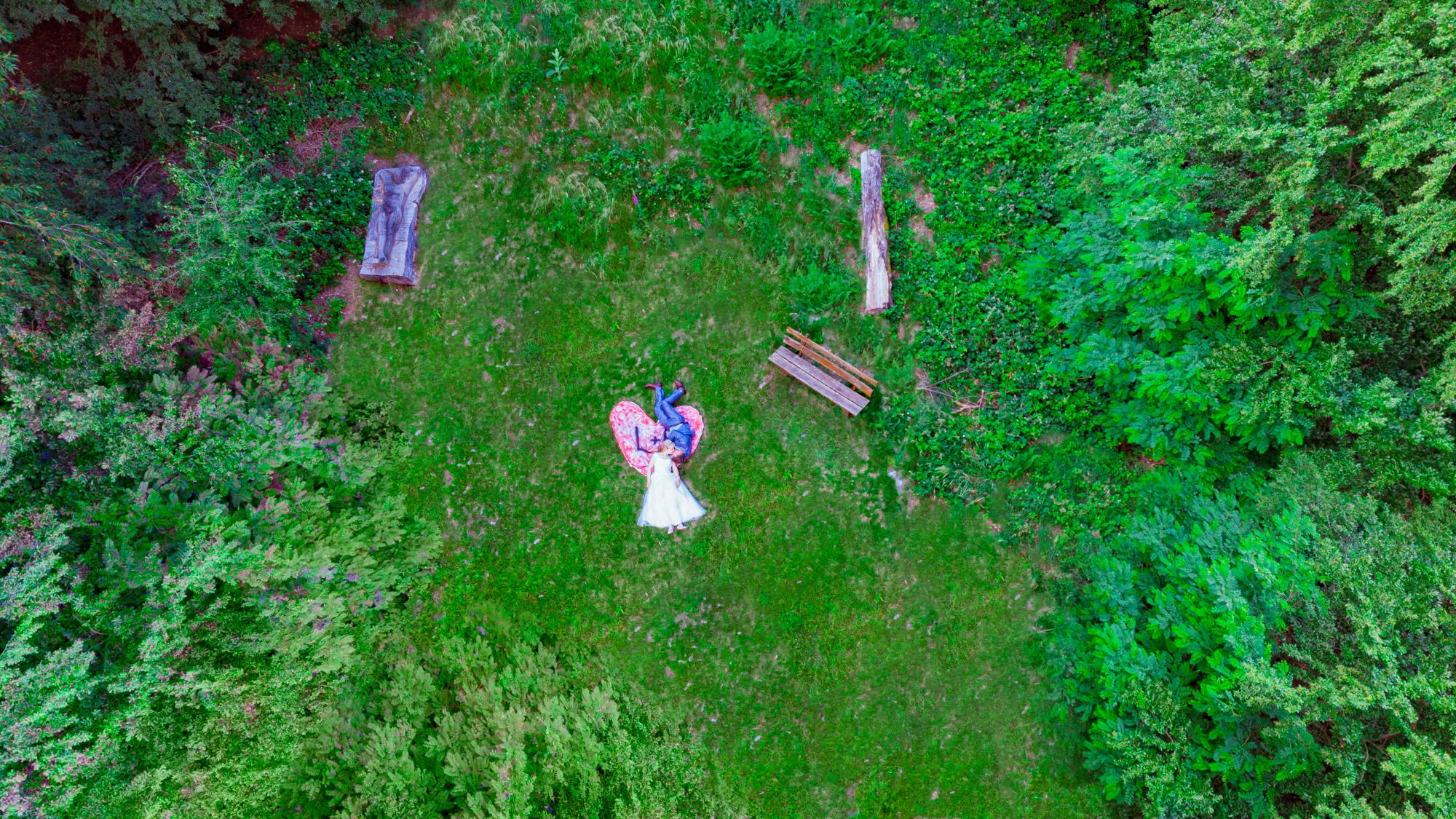 lustaufnahme mit der Drohne Hochzeitsfotograf im Rhein-Main-Gebiet und Hessen