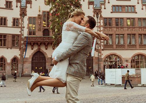 Startseite-als-Hochzeitsfotograf-unterwegs-in-Frankfurt-Roemer